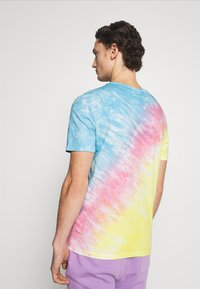 YOURTURN - UNISEX SET - Print T-shirt - multi coloured - 2