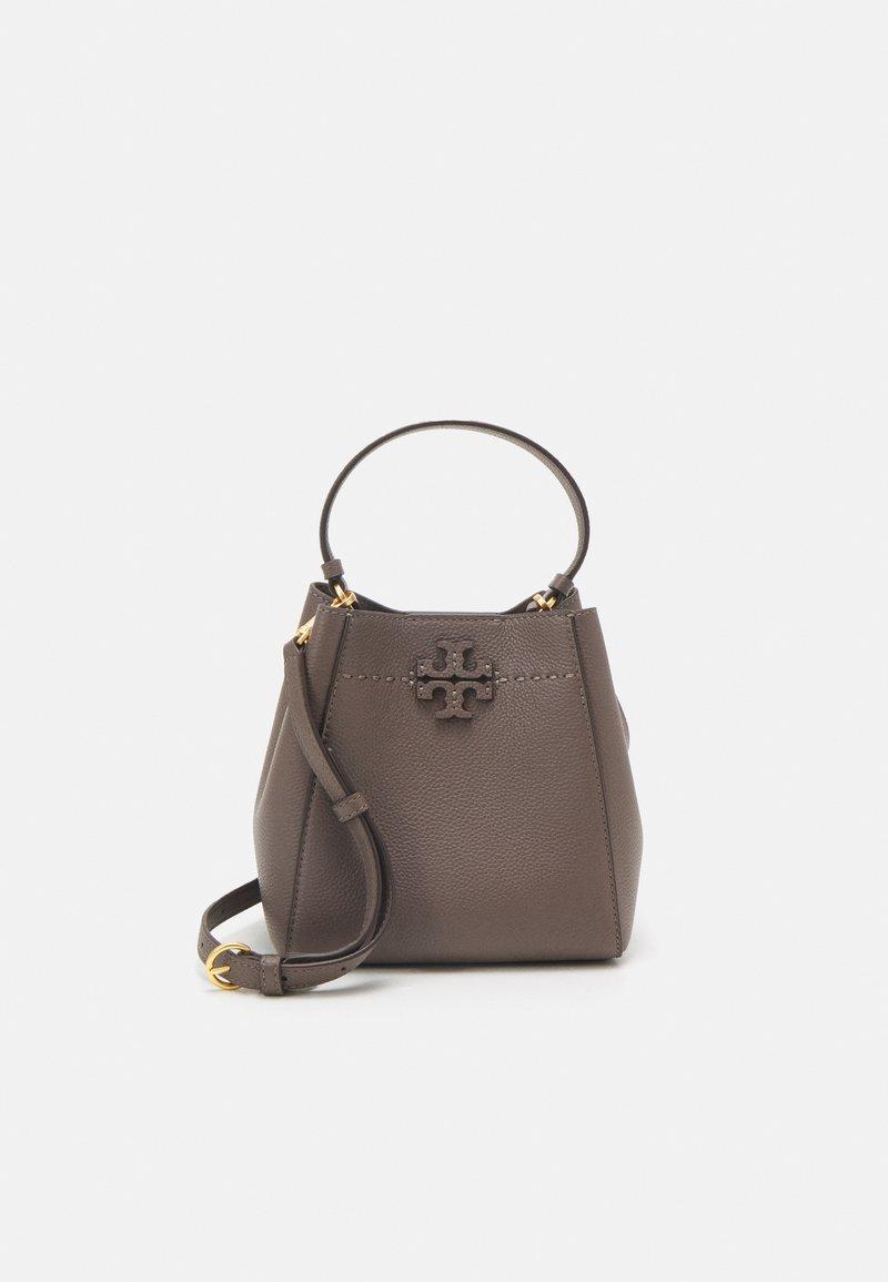 Tory Burch - MCGRAW SMALL BUCKET BAG - Handbag - silver maple