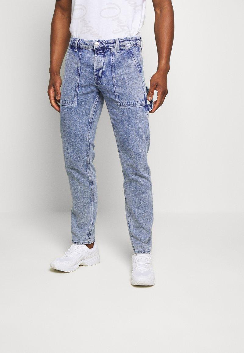 Jack & Jones - JJIMIKE JJUTILITY - Slim fit jeans - blue denim