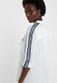 Desigual - CAM_HAMBURGO - Button-down blouse - white - 3