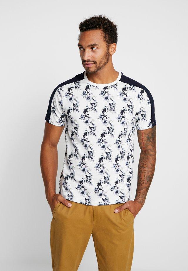 FLORAL PANEL TEE - T-shirt con stampa - white/dark blue