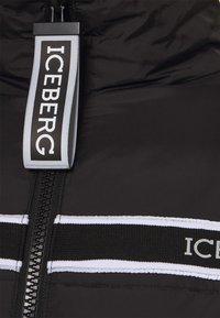 Iceberg - PIUMINI - Down jacket - nero - 2