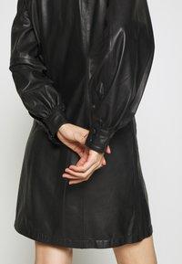 Bruuns Bazaar - PECAN ZADENA DRESS - Košilové šaty - black - 4
