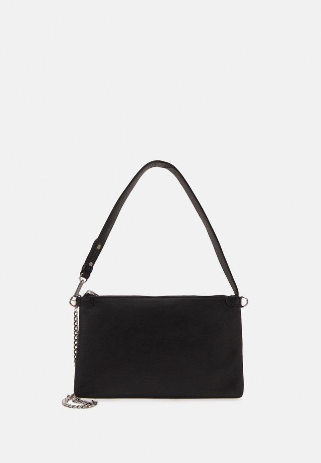 WAXY LURKA BAG - Käsilaukku - black