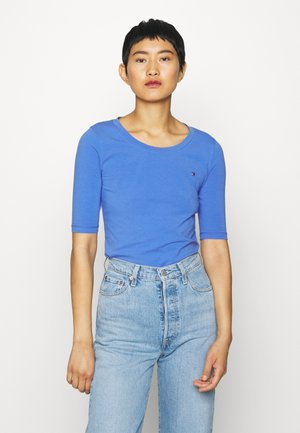ESSENTIAL SOLID - Basic T-shirt - iris blue