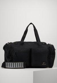 Nike Performance - UTILITY POWER DUFF - Sportovní taška - black/enigma stone - 3
