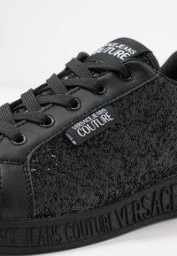 Versace Jeans Couture - LINEA FONDO PENNY - Trainers - nero - 2
