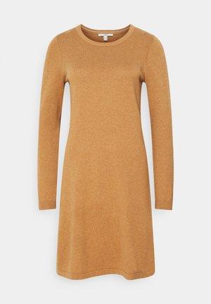 Jumper dress - caramel