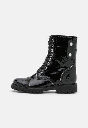 JOE WRINKLE  - Snørestøvletter - noir