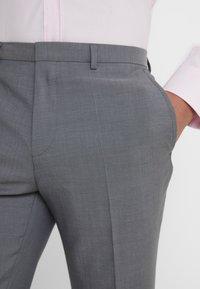 HUGO - ASTIAN HETS - Suit - open gry - 6