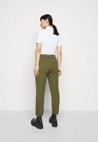 Vero Moda Petite - VMMAYA SOLID PANT - Trousers - ivy green - 2