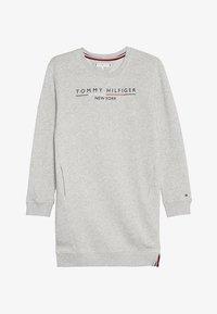 Tommy Hilfiger - CREW DRESS - Sukienka letnia - grey - 3