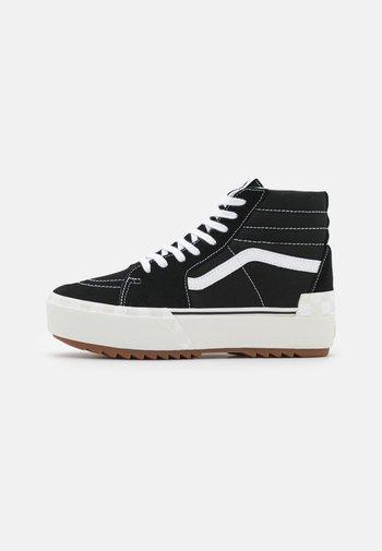 SK8 STACKED - Sneakers hoog - black/blanc de blanc