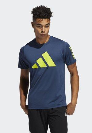 FLEECE 3 BAR TEE DESIGNED4TRAINING PRIMEGREEN TRAINING WORKOUT T-SHIRT - T-shirt med print - blue