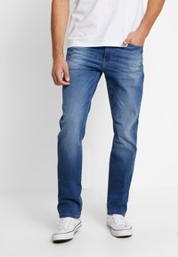 Tommy Jeans - RYAN - Jeans straight leg - bedford mid - 0