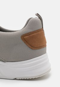 Pier One - Trainers - grey - 5