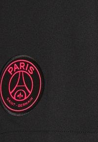 Nike Performance - PARIS ST GERMAIN STADIUM SHORT - Sports shorts - black/hyper pink - 6