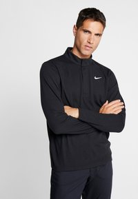 Nike Golf - NIKE DRI-FIT VICTORY HERREN-GOLFOBERTEIL MIT HALBREISSVERSCHLUSS - Funktionstrøjer - black/black/white - 0