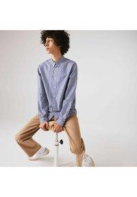 Lacoste - Shirt - weiß / blau - 4