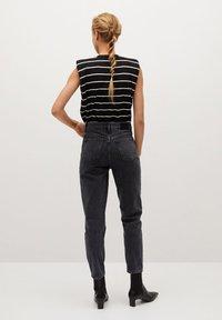 Mango - MOM - Slim fit jeans - black - 2