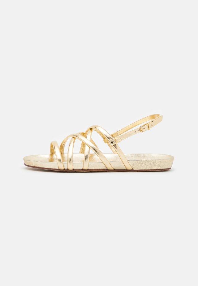 Sandały - light gold