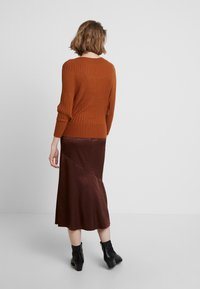 mint&berry - Pullover - caramel cafe - 2