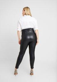 New Look Curves - Leggings - black - 3