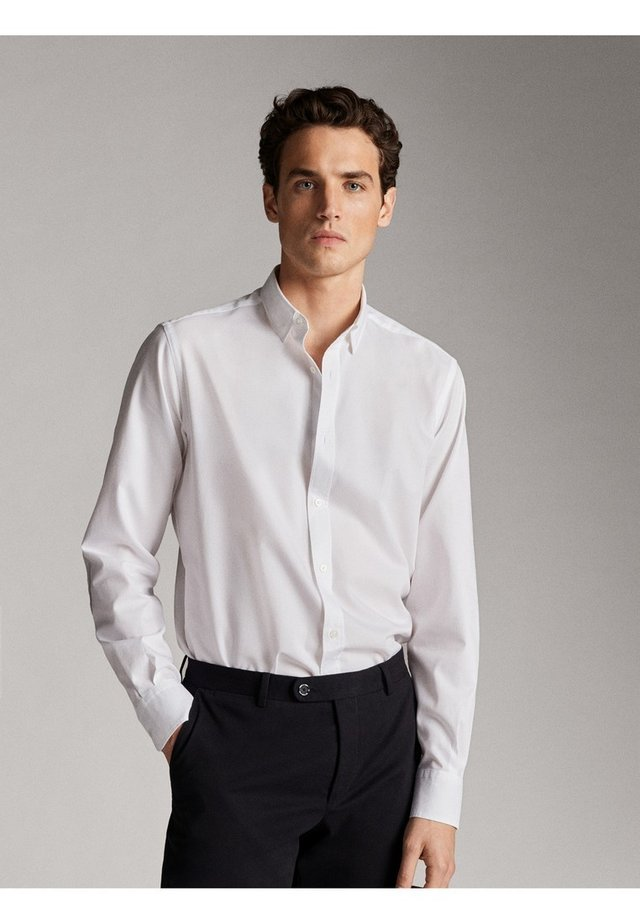 SLIM-FIT - Formal shirt - white