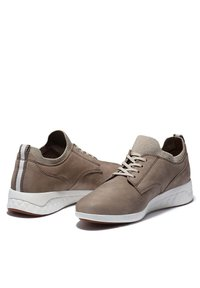 Timberland - BRADSTREET ULTRA OXFORD - Casual lace-ups - taupe gray - 1