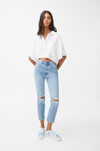 PULL&BEAR - MIT RISSEN - Jeansy Relaxed Fit - blue - 1