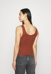 BDG Urban Outfitters - PICOT TRIMMED TANK - Top - mink brown - 2