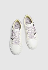 PULL&BEAR - MINNIE MAUS - Sneakers basse - off-white - 2