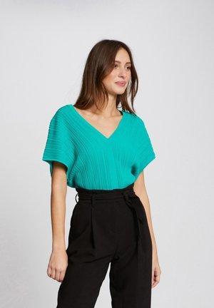 MFY - Basic T-shirt - green