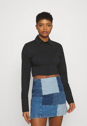MEYA OPEN BACK SHIRT - Button-down blouse - black
