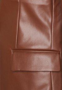 ONLY - ONLNINNA  - Blazer - chocolate fondant - 2