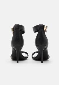 Versace Jeans Couture - Sandales à talons hauts - nero - 3