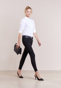 DRYKORN - PAY - Jeansy Skinny Fit - black - 1