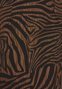 Closet - CLOSET PENCIL SKIRT - Mini skirt - brown - 2