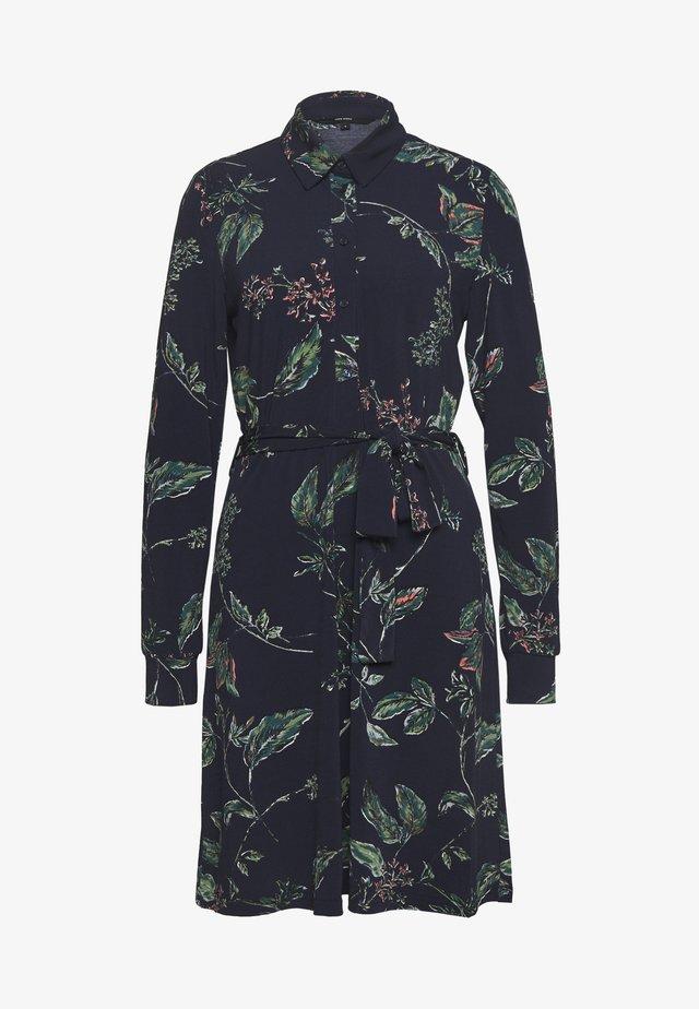 VMTOKA DRESS - Sukienka z dżerseju - night sky