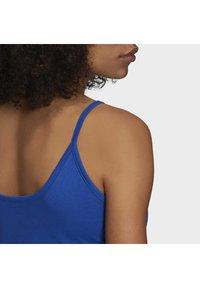adidas Originals - TANK DRESS - Vestido de tubo - team royal blue/white - 12
