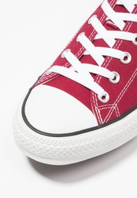 Converse - CHUCK TAYLOR ALL STAR OX - Sneakers basse - maroon - 5