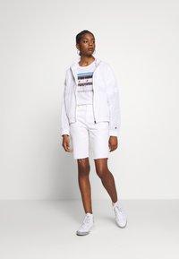 Champion Reverse Weave - FULL ZIP TOP - Summer jacket - white - 1