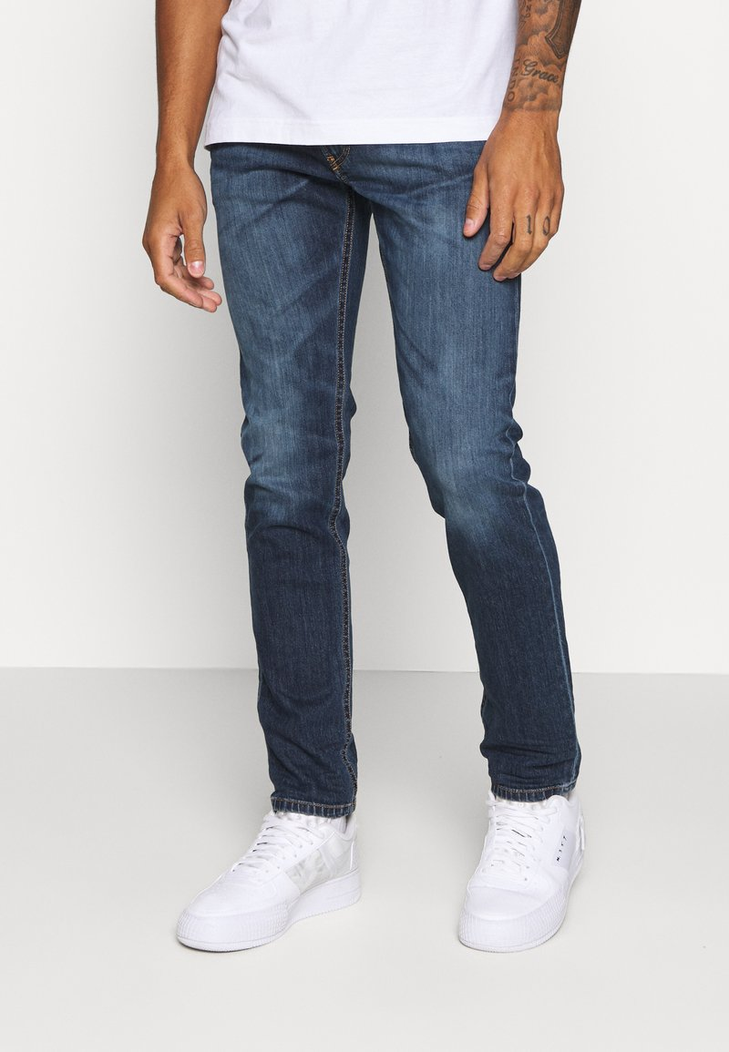Diesel - THOMMER-X - Slim fit jeans - 009da