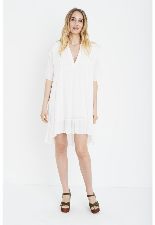 PZLOTTIE  - Shirt dress - pearled ivory