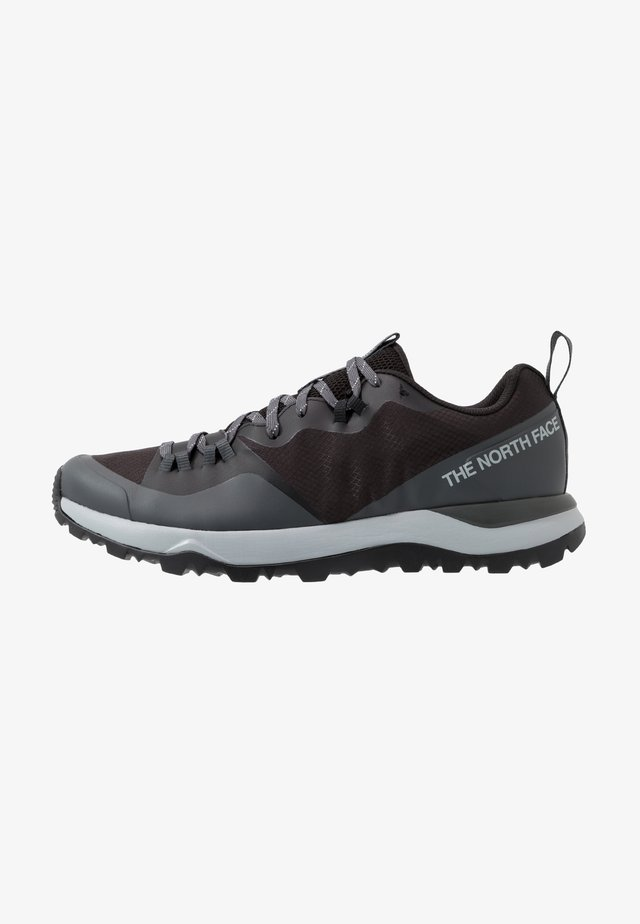 M ACTIVIST LITE - Hiking shoes - black/dark shadow grey