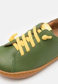 Camper - PEU CAMI  - Zapatos con cordones - dark green - 5