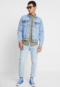 New Look - TRANS BASIC  - Denim jacket - light blue - 1