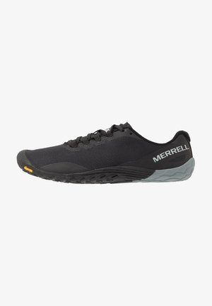VAPOR 4 - Zapatillas running neutras - black