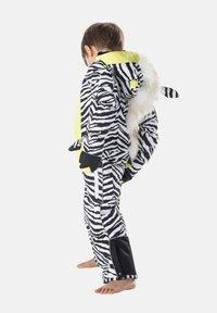 WeeDo - Snowsuit - zebra white - 2
