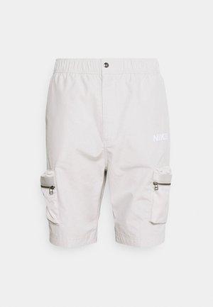 CITY MADE - Shorts - light bone